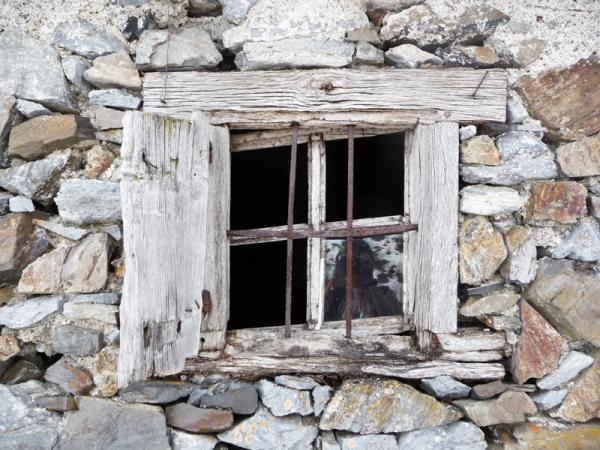 l'adour à sa fenêtre